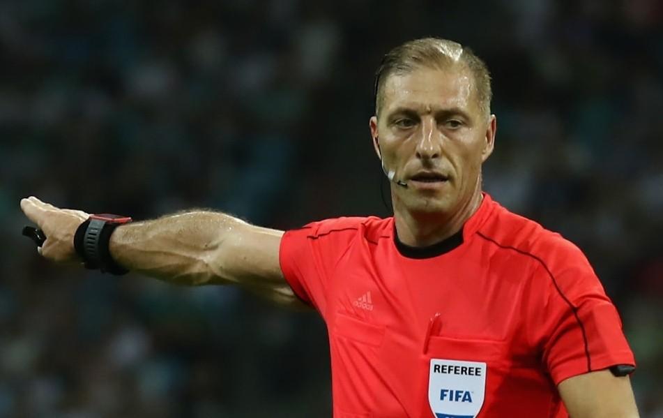 Pitana, que se concentrou na arbitragem apenas em 2007, atuou no jogo de abertura entre Rússia e Arábia Saudita e é um dos cotados para a final. (Foto: Getty)