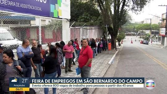 Feira de empregos em São Bernardo do Campo provoca fila enorme