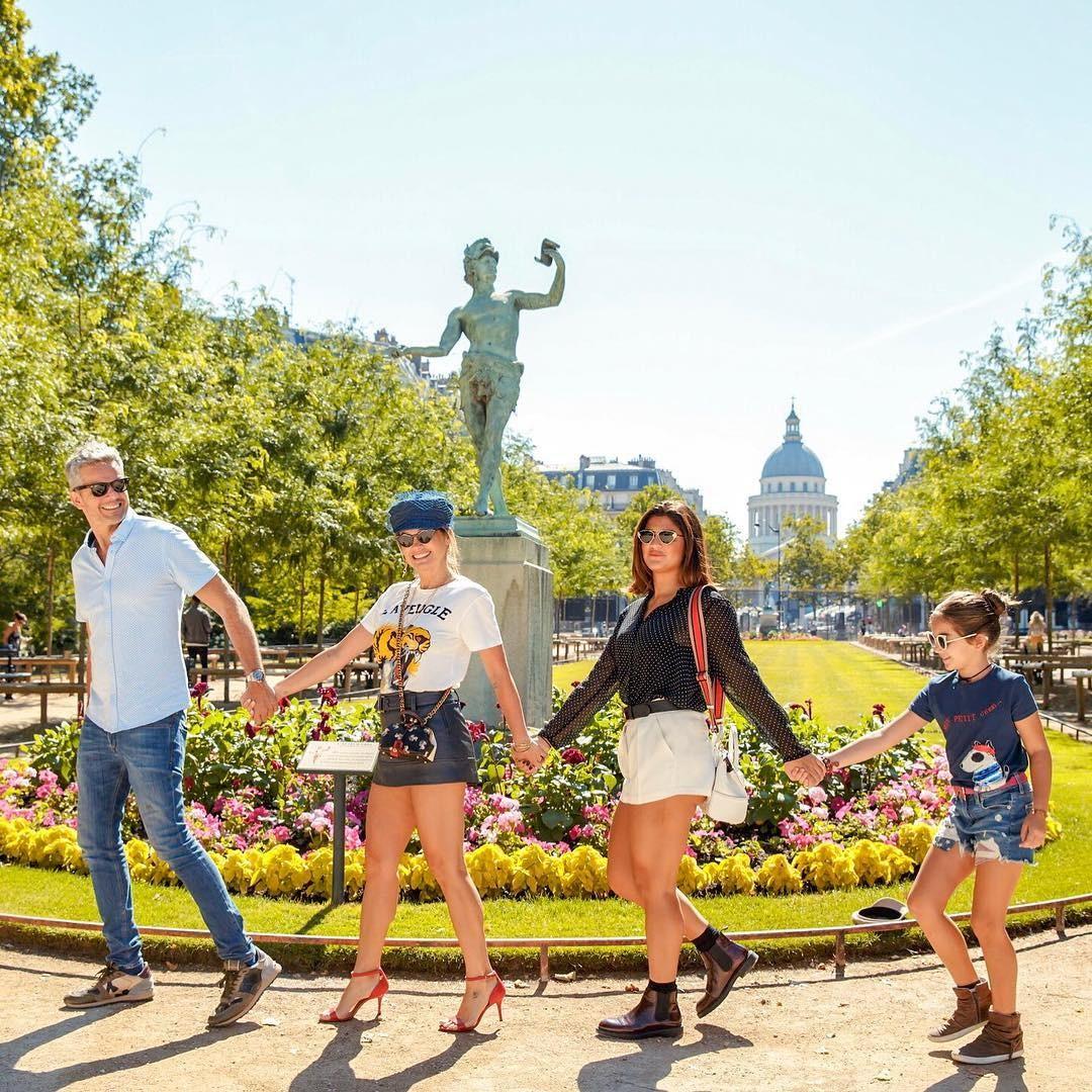 Flávia Alessandra e família (Foto: Reprodução / Instagram)