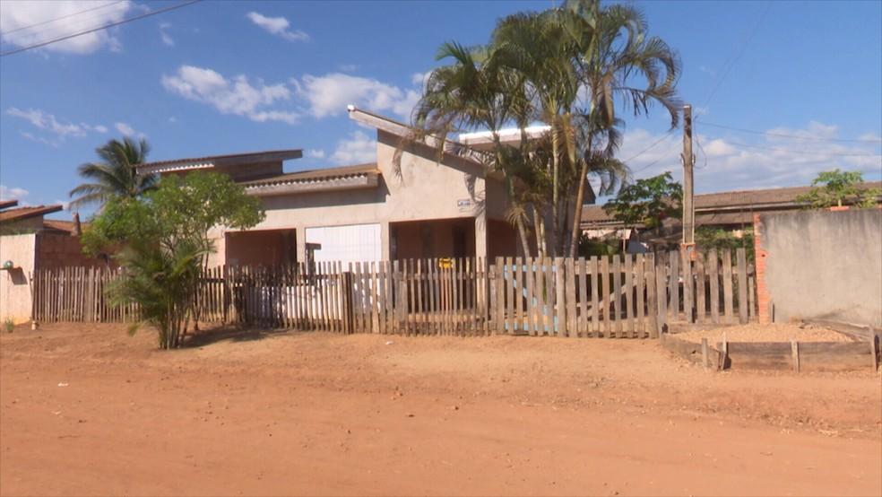 Crime ocorreu em uma casa de Vilhena, no Cone Sul, na tarde desta sexta-feira (26).  — Foto: Rede Amazônica/Reprodução