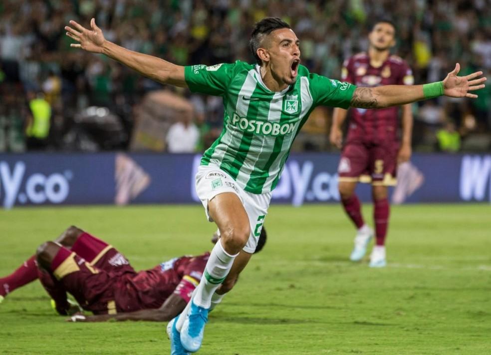 Daniel Muñoz em ação pelo Atlético Nacional — Foto: Reprodução/Atlético Nacional