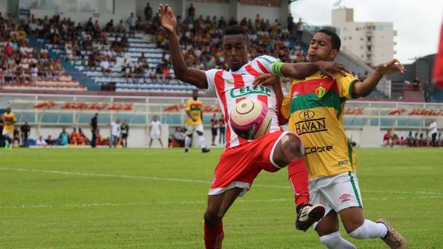 No primeiro turno jogo muito brigado e placar fechado ( Imagem: Lucas Gabriel Cardoso / Brusque FC)