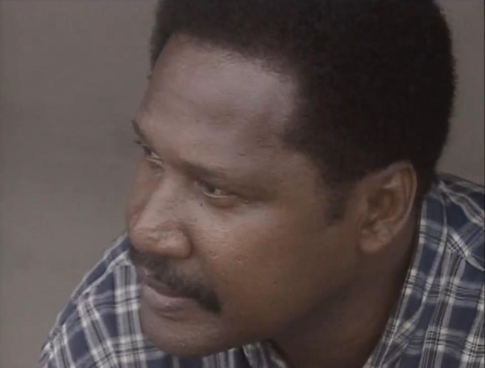 Lula Pereira, técnico do Botafogo-SP em 2000 — Foto: Reprodução/EPTV