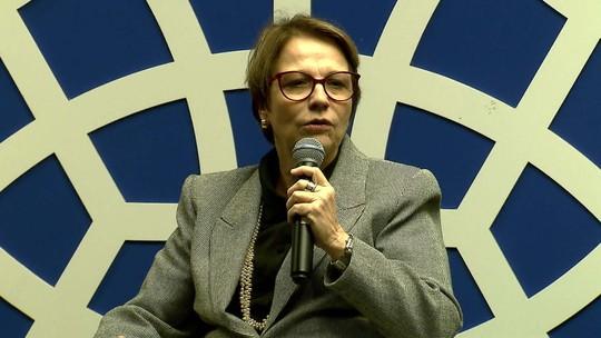 Tereza Cristina afirma que países podem ajudar, mas não interferir na soberania do Brasil
