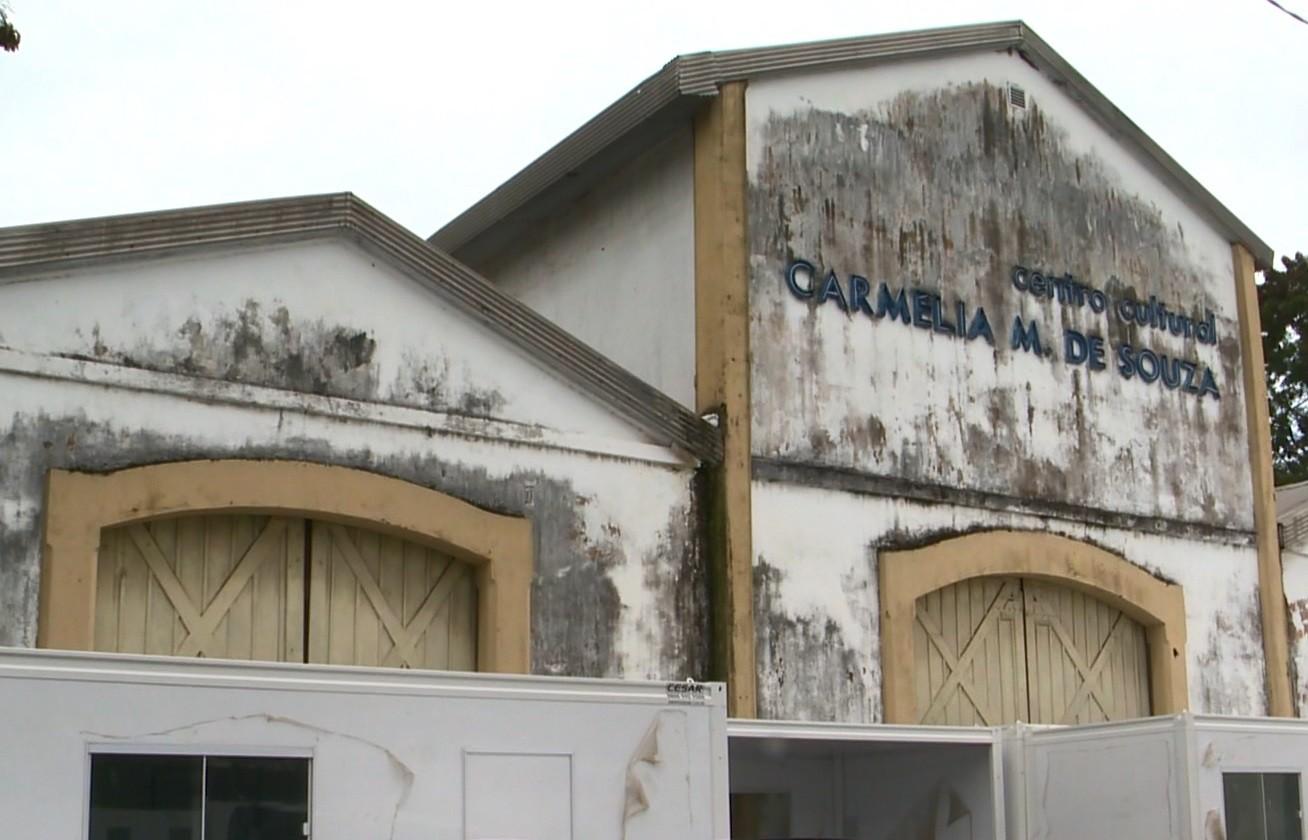 União estuda ceder Teatro Carmélia ao Estado e parte de galpão do IBC ao Ifes, em Vitória