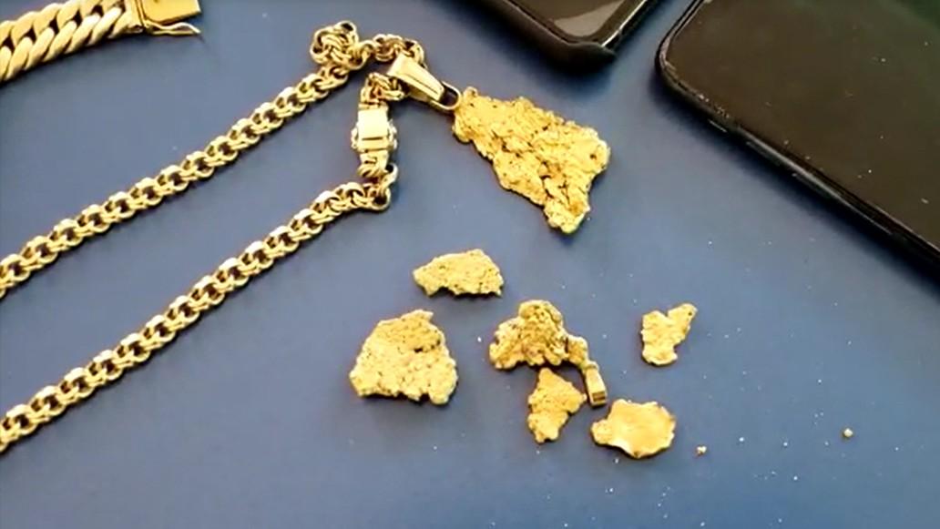 Polícia Federal apura origem de pepitas de ouro apreendidas durante operação, em Presidente Epitácio