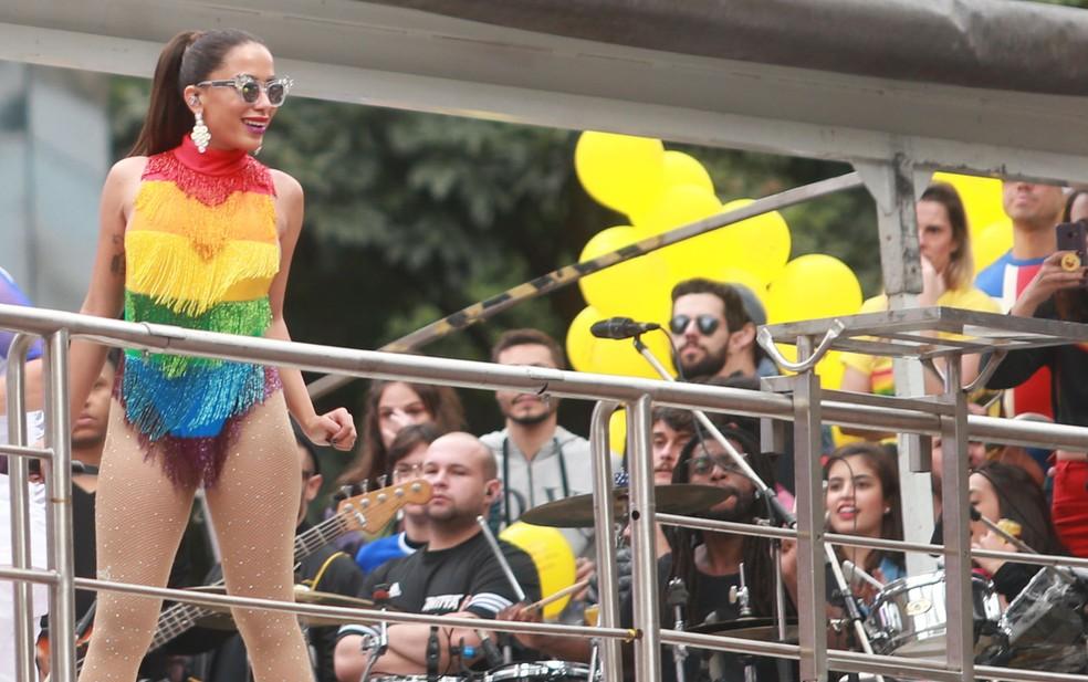 Anitta se apresenta na 22ª Parada LGBT em São Paulo (Foto:  Werther Santana/ Estadão Conteúdo)