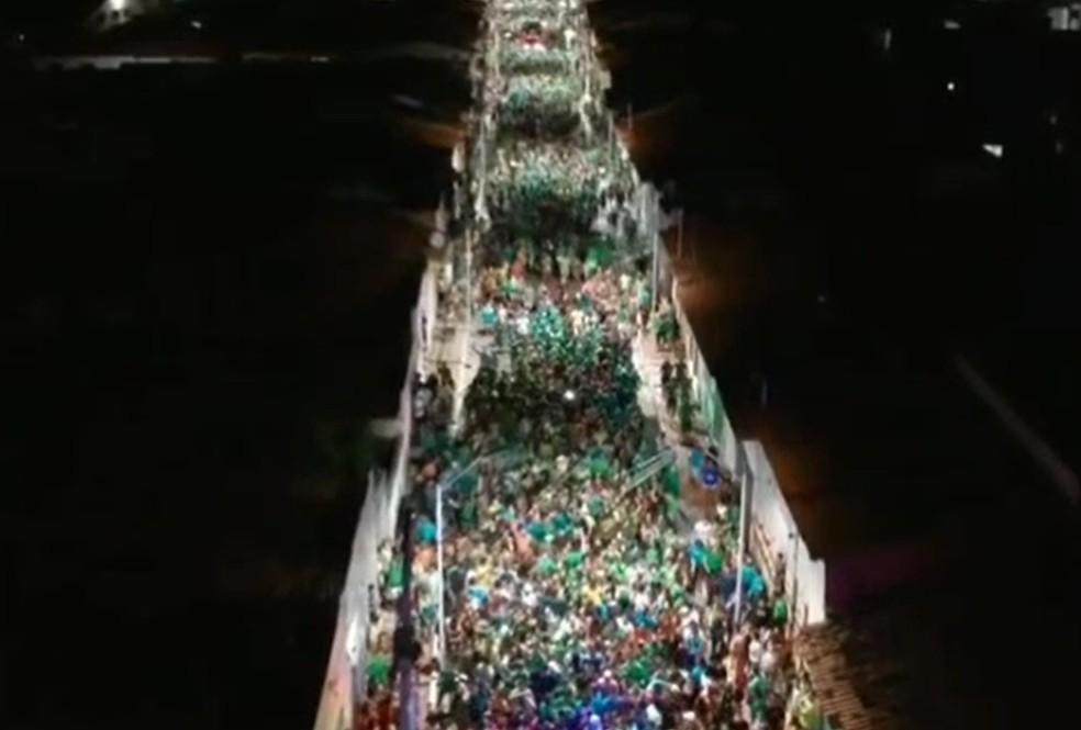 Centenas de pessoas se aglomeraram em campanha eleitoral no interior do RN — Foto: Reprodução/Inter TV Cabugi