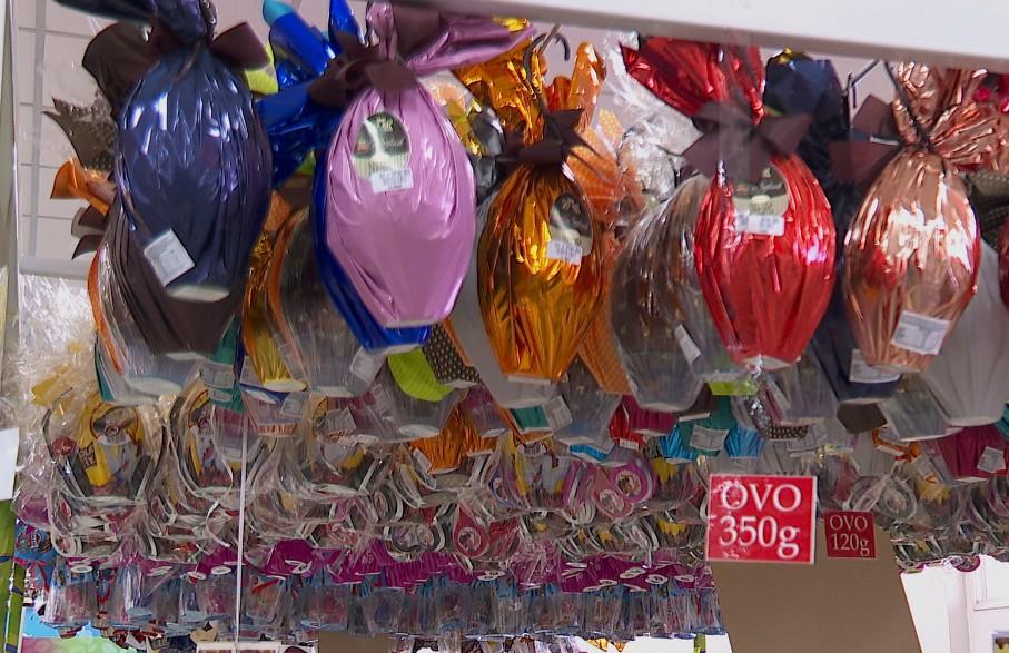 Lojistas apostam em promoções para vender ovos de Páscoa e reduzir prejuízo em Ribeirão Preto