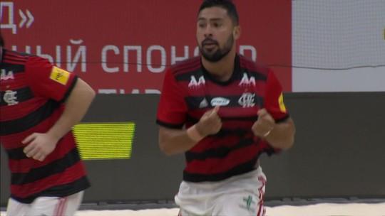Com serenidade e golaços, Flamengo vence o Sporting e vai à semifinal no Mundialito de Clubes