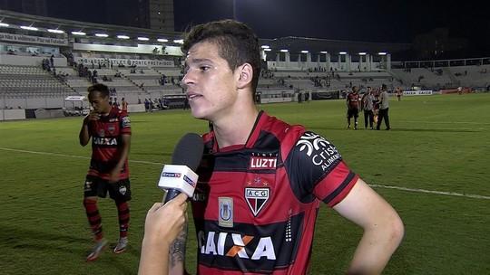 """Atlético-GO agradece ao Fla por  Ronaldo: """"Minino baum"""""""