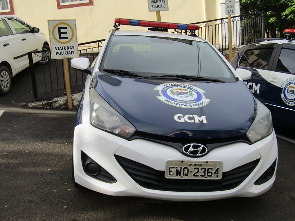 Veículos já estão identificados e em uso pela corporação (Foto: Patrícia Amoroso/ Prefeitura de Serra Negra)