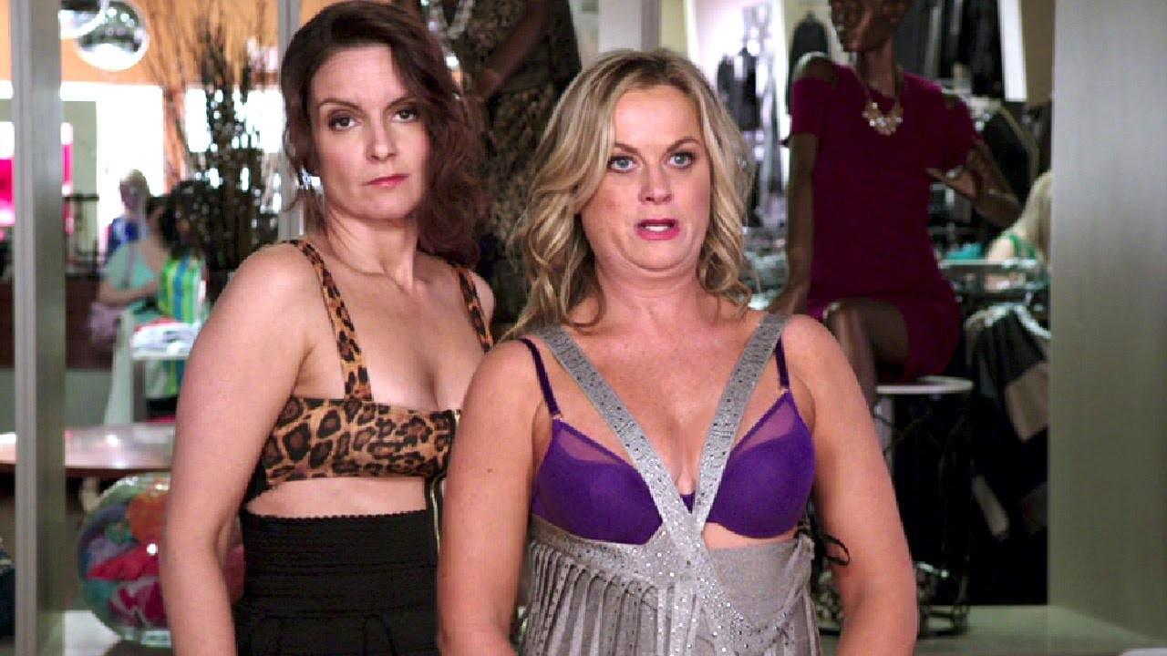Tina Fey e Amy Poehler em Irmãs (Foto: Divulgação)