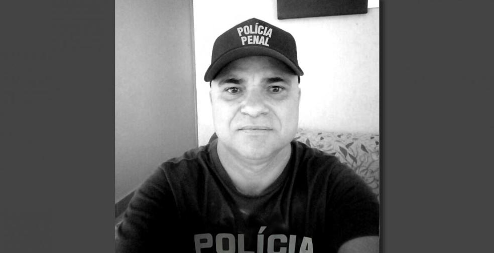 Policial penal Francisco Pires de Souza trabalhava na Papuda e foi primeira morte por Covid-19 registrada no sistema penitenciário do DF — Foto: Arquivo pessoal
