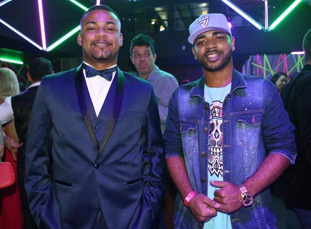 MC Juninho e MC Fernandinho (Foto: Ricardo Cardoso/Ed. Globo)