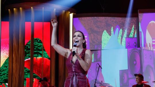Ivete Sangalo deseja parceria com João Gilberto e faz convite: 'Vamos fazer um disco pelo telefone?'