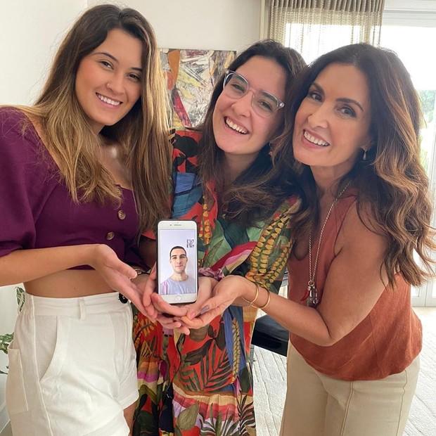 Fátima Bernardes é mãe dos trigêmeos Vinicius, Beatriz e Laura (Foto: Playback / Instagram)
