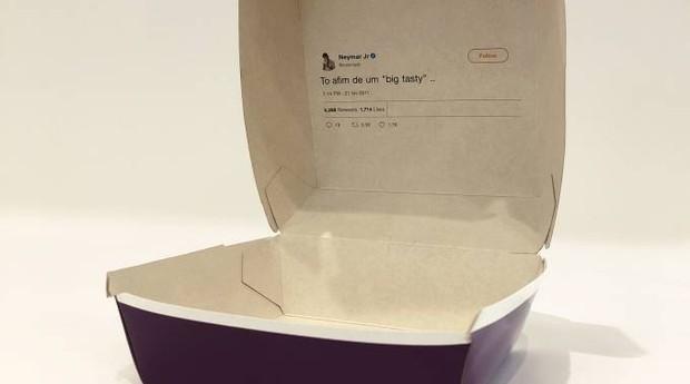 Caixa dos novos lanches do McDonald's com tweet do Neymar impresso (Foto: Divulgação)