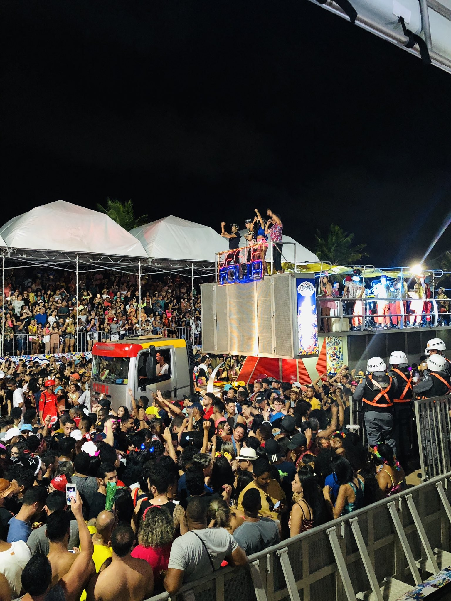 SIGA: Trios elétricos e shows agitam o Circuito Beira-Mar, em São Luís