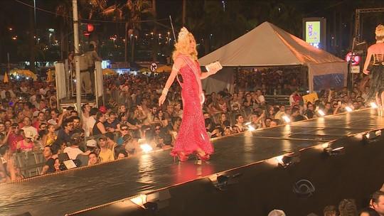 Pop Gay reúne mais de 30 mil no Centro de Florianópolis