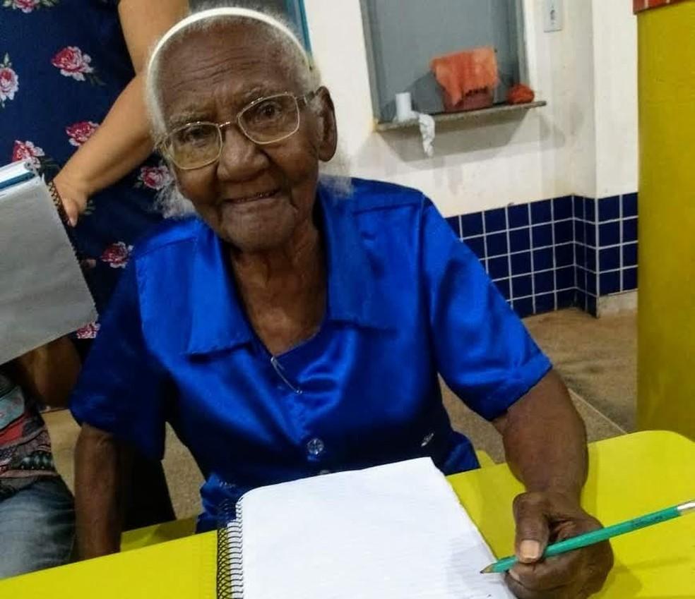 Há 40 anos, dona Duzinha veio para Mato Grosso. — Foto: Divulgação