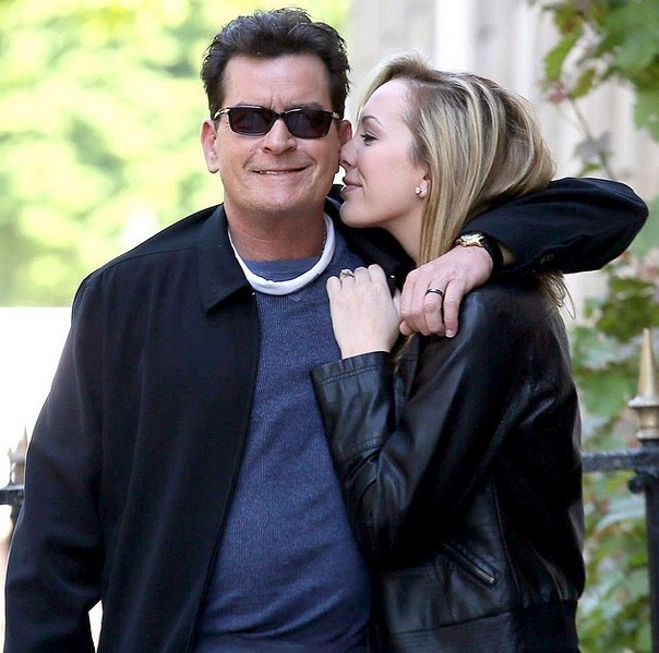 Charlie Sheen e Scottine Sheen (Foto: Instagram)