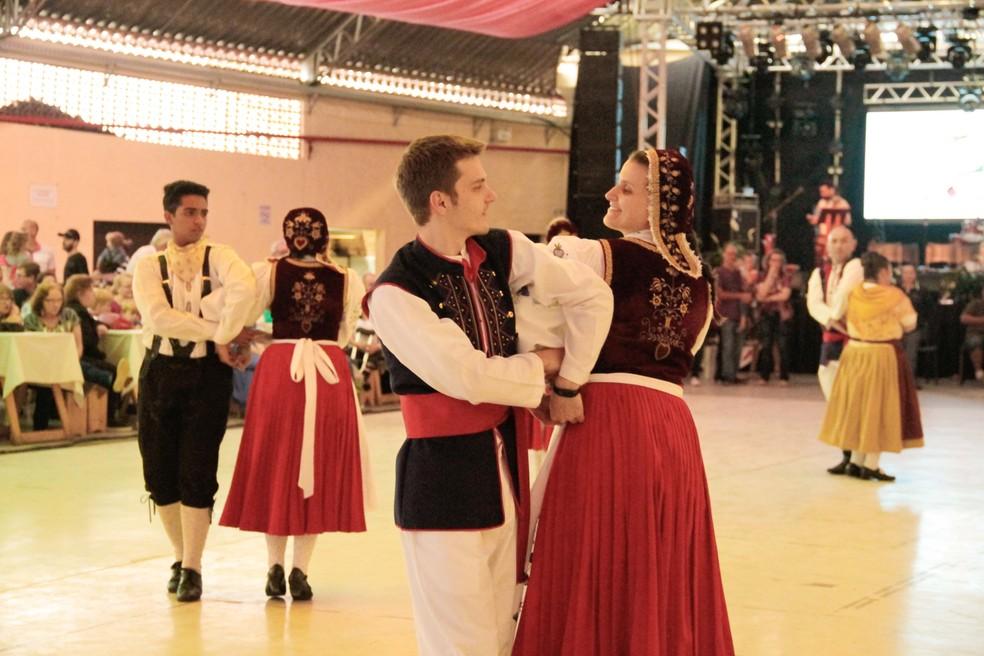 2º Encontro Nacional de Grupos Folclóricos Germânicos é realizado pela Prefeitura de Timbó — Foto: Karine Beatrice