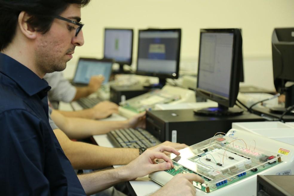 Uece e Dell ofertam mil vagas para 16 cursos gratuitos on-line no Ceará