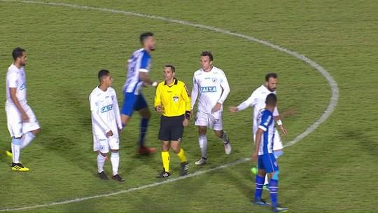 Olho no banco: por suspensão, Avaí terá quatro desfalques contra o Atlético-GO
