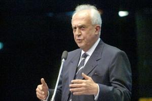 Senador Jarbas Vasconcelos discursa na tribuna do plenário. Foto: Leopoldo Silva, Ag. Senado