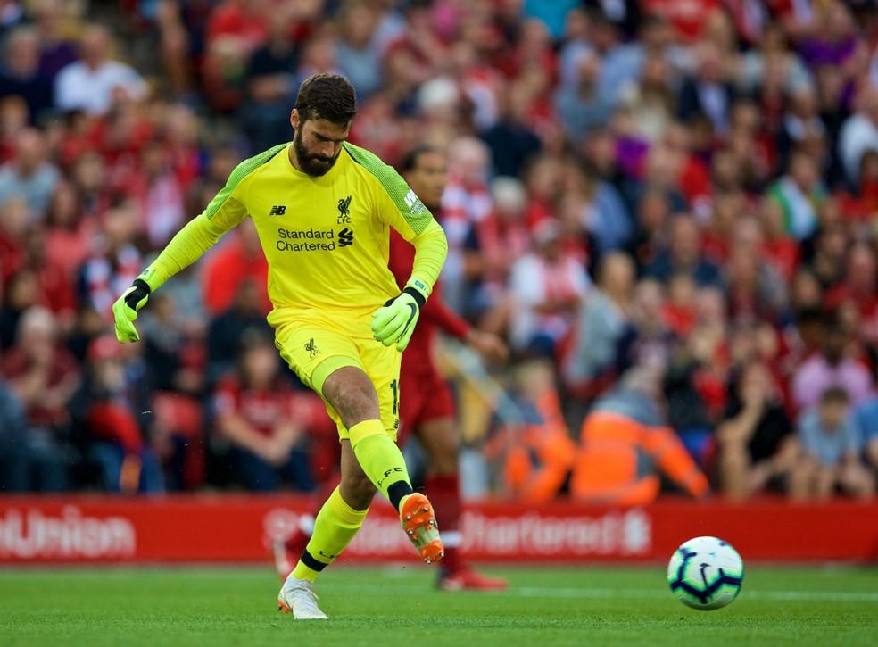 Alisson foi, por 20 dias, o goleiro mais caro da história com os €62,5 milhões pagos pelo Liverpool (Foto: Reprodução)