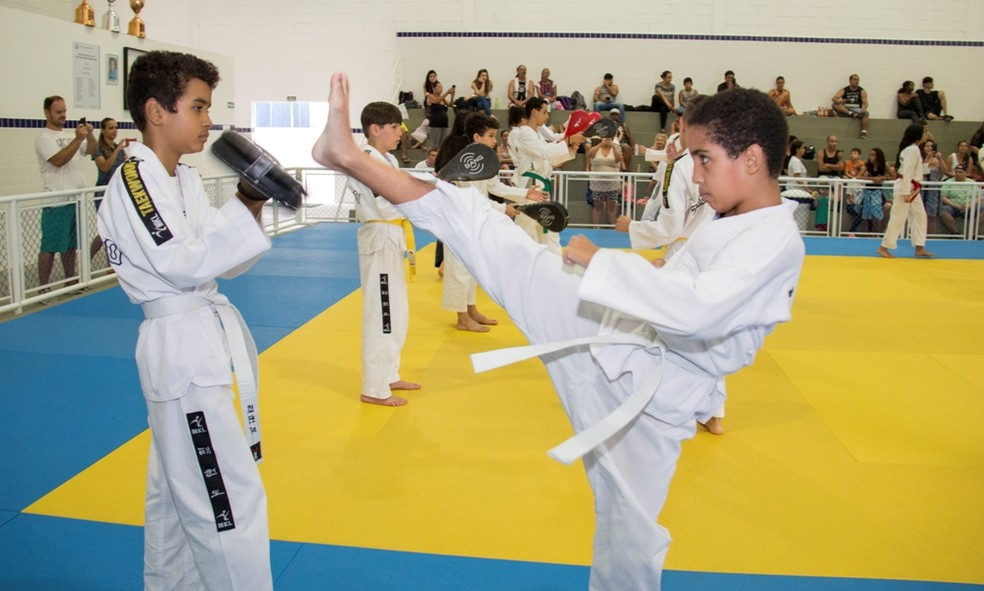 fd17bbf538 ... 16 polos oferecerão modalidades esportivas a estudantes em Praia  Grande