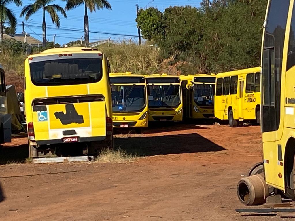 Ônibus da Prudente Urbano são confiscados pela Justiça após financiamento não ser pago pela empresa