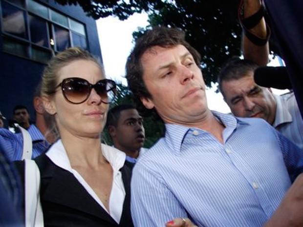 Carolina Dieckmann deixa delegacia no Rio  (Foto: Fabio Martins / AgNews )
