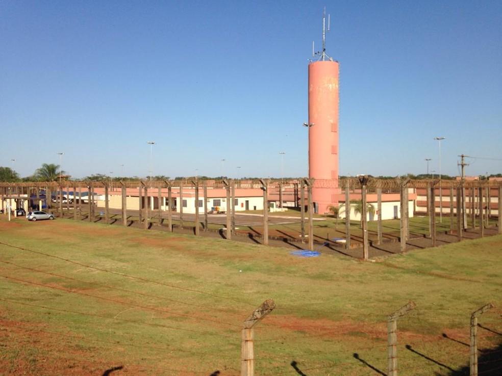 Presídio Federal de Campo Grande onde Adélio será instalado tem capacidade para 220 presos, e neste momento, tem 120 detentos. (Foto: Osvaldo Nóbrega/TV Morena )
