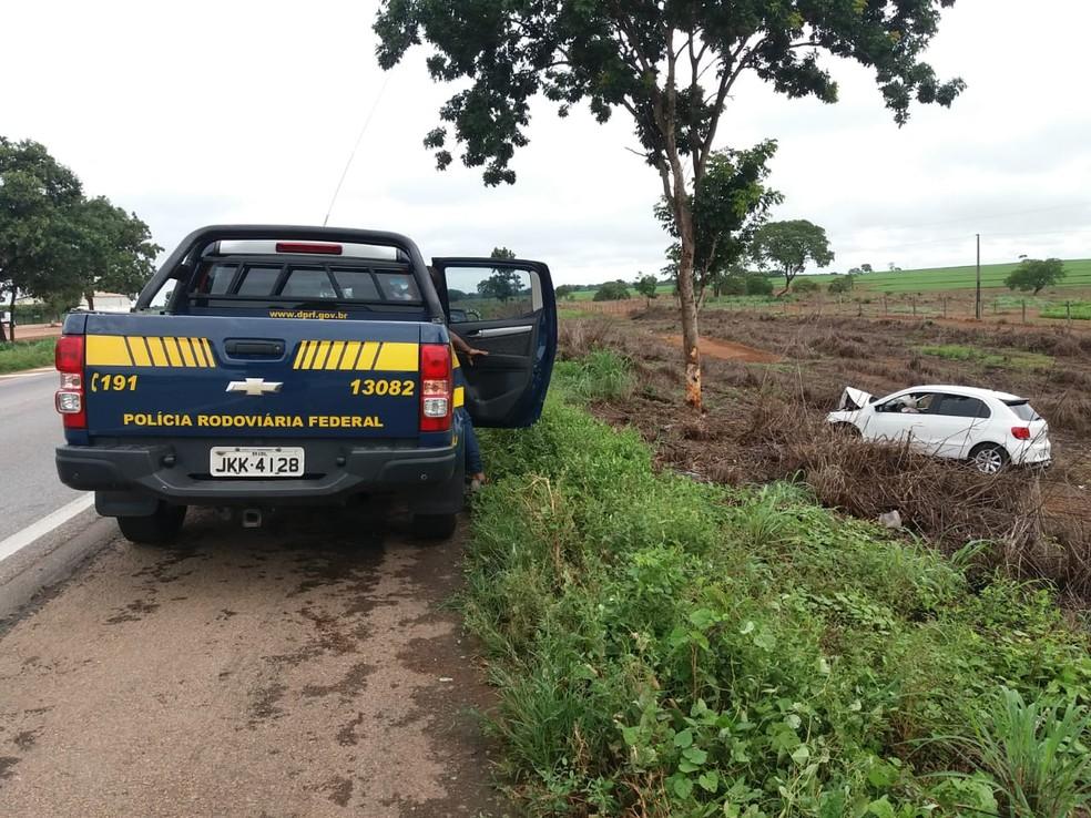 Motorista foi preso por dirigir embriagado — Foto: divulgação/PRF