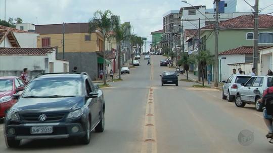 'Brincadeira' de GTA nas ruas de cidade em MG poderia ter terminado com menores baleados por polícia, diz delegado