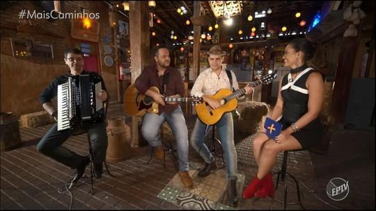 Dupla Joel e Geovan canta músicas em homenagem ao 'Dia dos Pais'