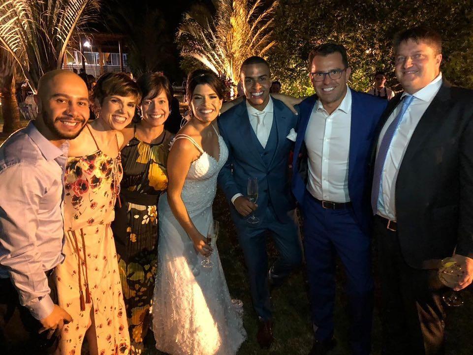 A jornalista Glória Vanique esteve no casamento de Thiago Oliveira (Foto: Reprodução / Instagram)