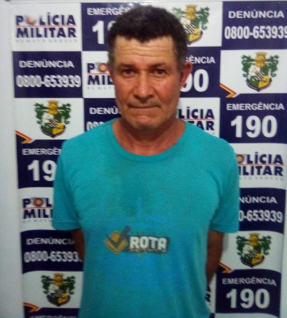José Pereira Lopes, de 55 anos, foi preso pela Polícia Militar e confessou o crime — Foto: Polícia Militar de Mato Grosso/Assessoria