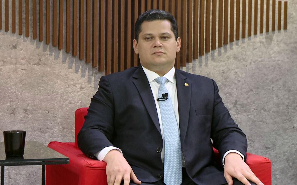 O presidente do Senado, Davi Alcolumbre, durante entrevista ao Central GloboNews — Foto: Reprodução / GloboNews