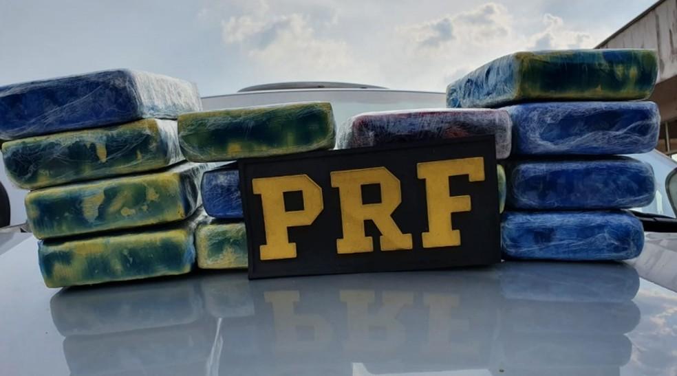 Cocaína foi apreendida em distrito de Porto Velho — Foto: PRF/Divulgação