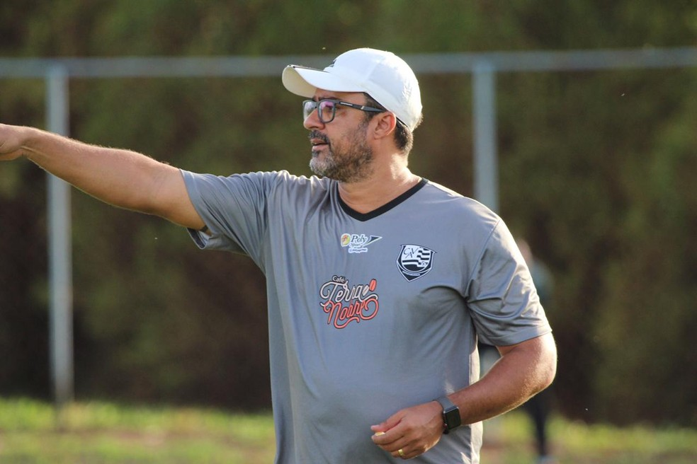 Marcelo Henrique, técnico do Votuporanguense — Foto: Rafael Bento/Votuporanguense