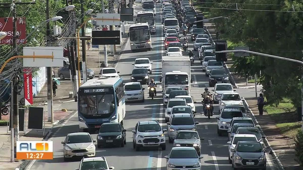 Trabalhadores gastam quase 6 horas por semana entre o caminho de casa para o trabalho em Maceió