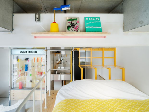 Um hotel em Tóquio para dormir em meio a obras de arte pop (Foto: Tomooki Kengaku/ Divulgação)