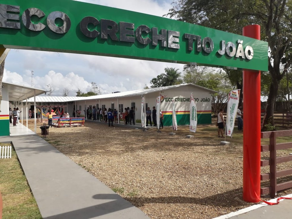 Entrada da Eco Creche Tio João, em Macapá — Foto: Victor Vidigal/G1