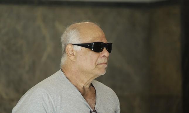 Cabral tem até mordomo na prisão