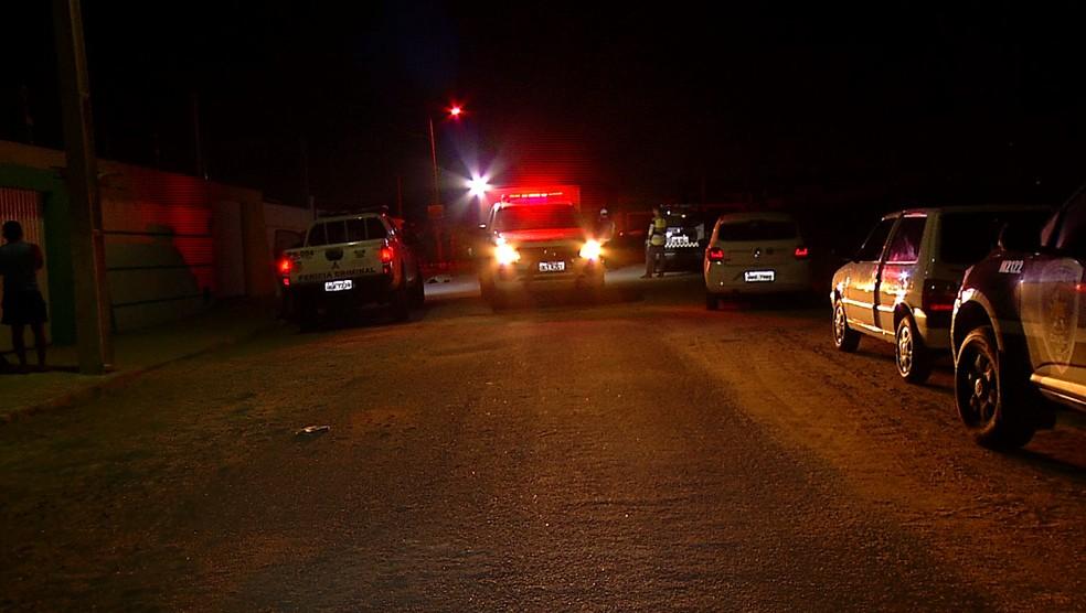Vigia de rua foi assassinado a tiros em São Gonçalo do Amarante, na Grande Natal — Foto: Reprodução/Inter TV Cabugi