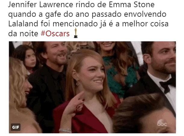 Jennifer Lawrence tira sarro de Emma Stone e internet garante a prova (Foto: Reprodução/Twitter)