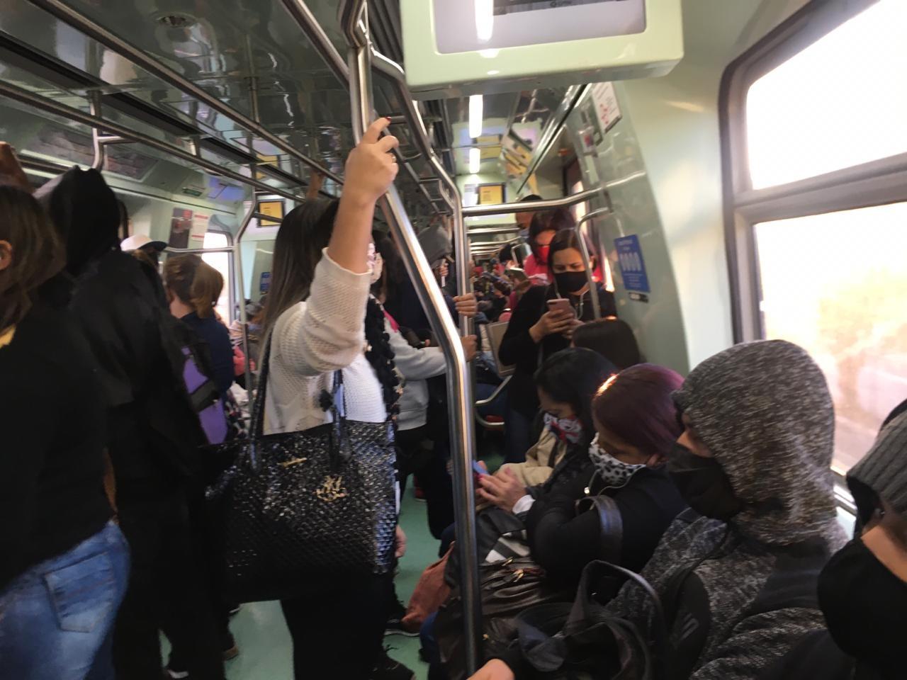 Cidade de SP tem congestionamento de 1 km e estações de Metrô mais cheias em 3° dia de rodízio ampliado